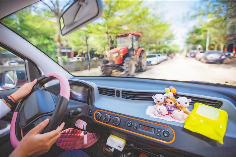 海南新能源汽车保有量6.4万辆,乡镇成为车商未来重点推广区