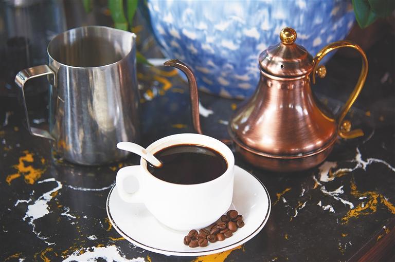 咖啡豆里浸润着琼岛独特的文化印记