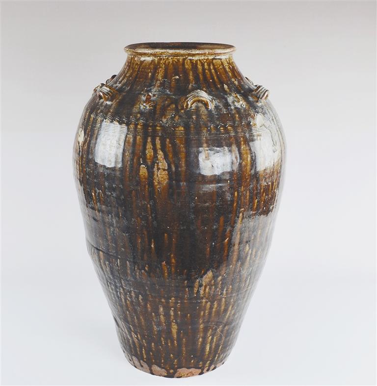 海南古窑址烧制的特色陶瓷器
