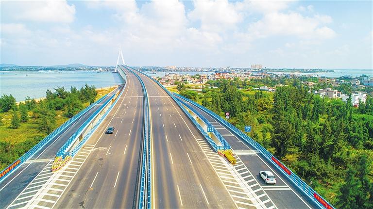 海文大桥北港岛互通工程建成通车