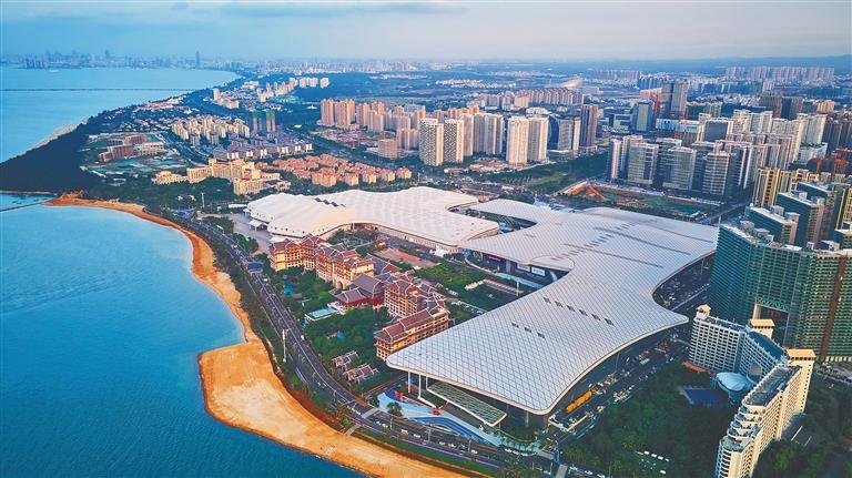 5月1日,俯瞰海南国际会展中心